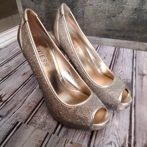 Guess gold sparkly peep toe heels 7